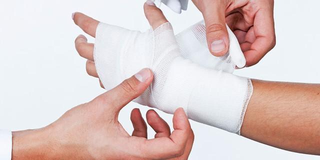 Травмы и заболевания кисти